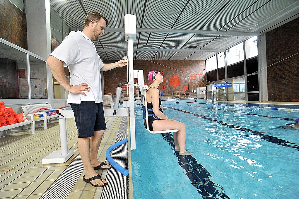 R ducation enfant handicap strasbourg maladie for Piscine universitaire